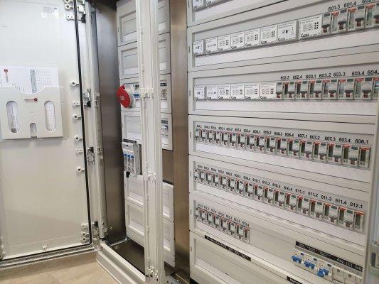 lösung-fernauslesung-fernschaltung-edelboxx-stromversorgung